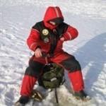 250px-Ice_fishing_in_miljoonapilkki_fishing_competition